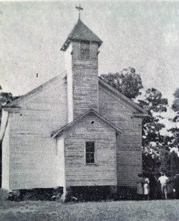 old strieby church w people