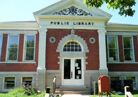 Carthage Public Library-Aug 2013