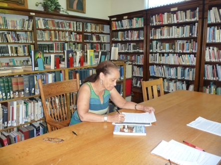Margo Williams at Carthage Public Library Aug 2013
