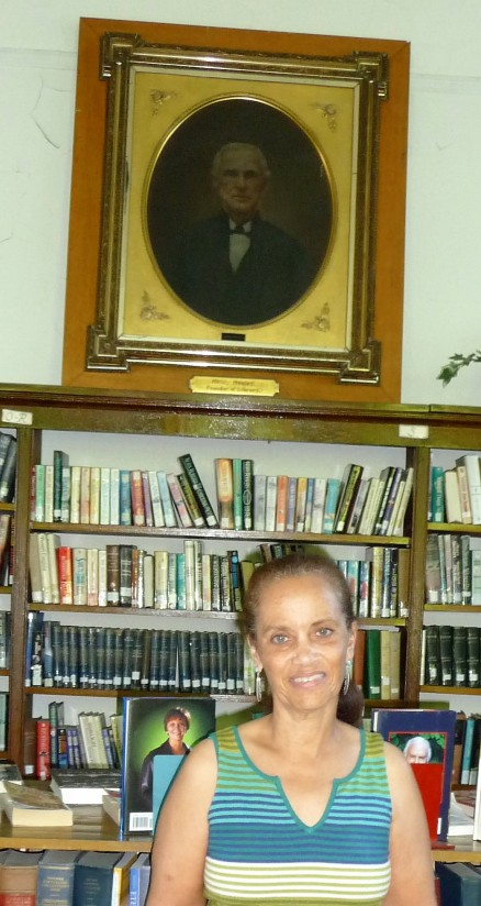 Margo Williams under Henry Henley portrait at Carthage Public Library-3 Aug 2013